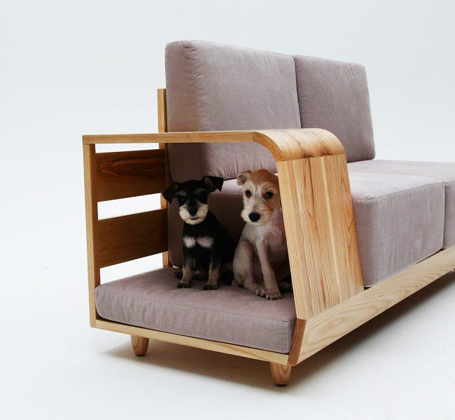Отдельный отсек в диване для собак