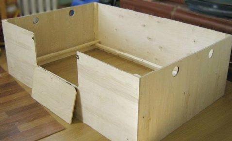 Деревянный ящик для щенков