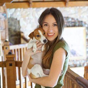 Блогер с собакой