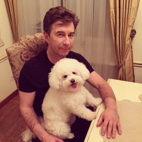 Валерий Сюткин с собакой