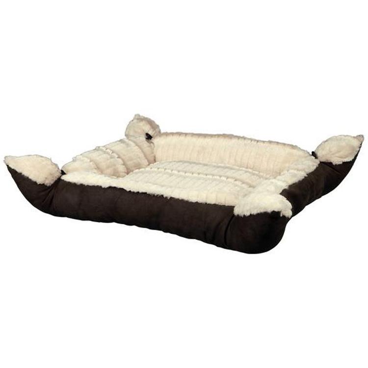 удобная кроватка для собаки из пледа