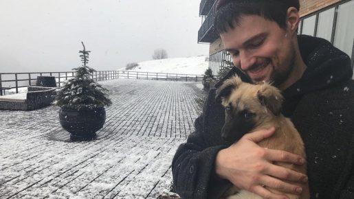 Данила Козловский и его щенок