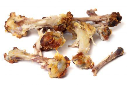 Куриные косточки от обеда