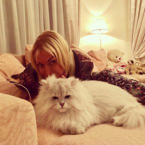 Анастасия Волочкова и кот Лакки