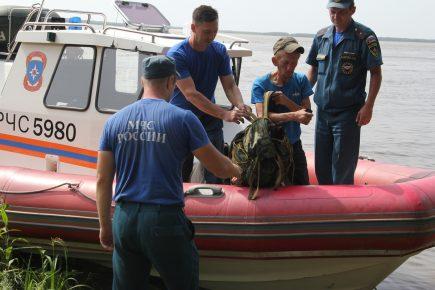 Эвакуация с затопленного острова