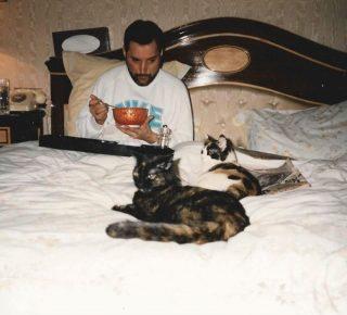 Делайла и Голиаф в кровати Меркьюри