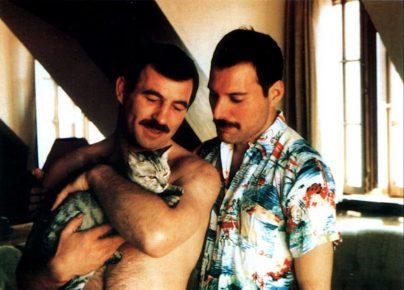 Меркьюри и Хаттон с кошкой